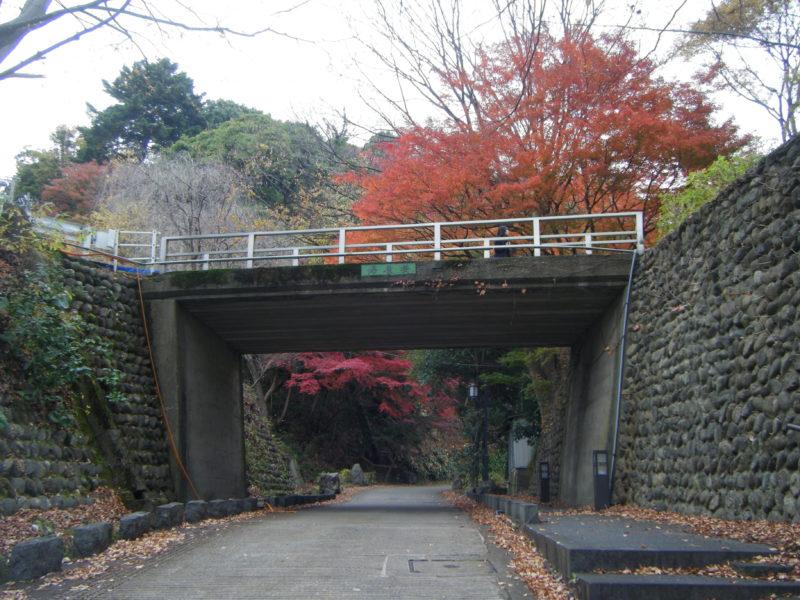 卯辰山「帰厚坂」と「帰厚橋」