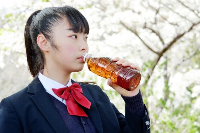 【麦茶が静電気体質を改善】静電気から解放される!