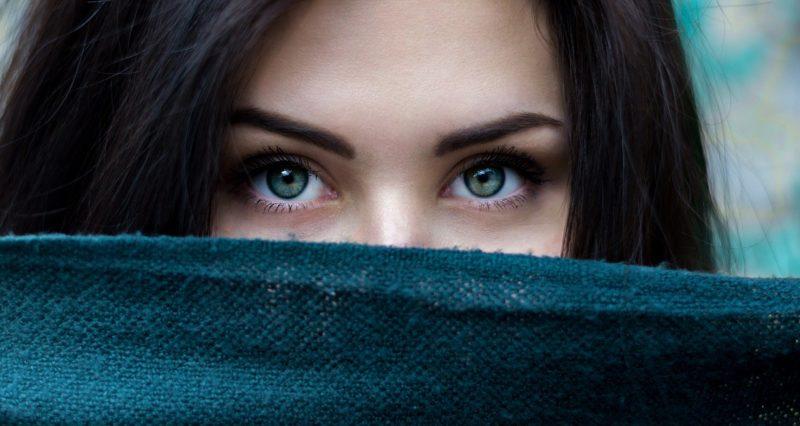 【超心理1】テレパシーと視線で他人を振向かせる!