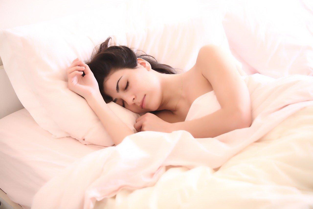 【エアウィーヴ】腰痛や不眠で悩んでいる方におすすめのマットレス