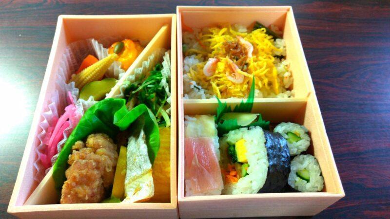 【芝寿しの朔日弁当】6月は水菜を特製ダシで味わう